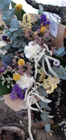 bouquet de fleurs fraîches et séchées jaune et blanc fleuriste metz effleurs