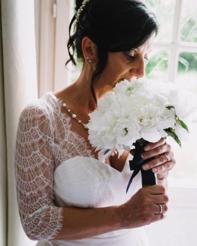 bouquet de mariée rozanna blanc pivoine fleuriste metz effleurs