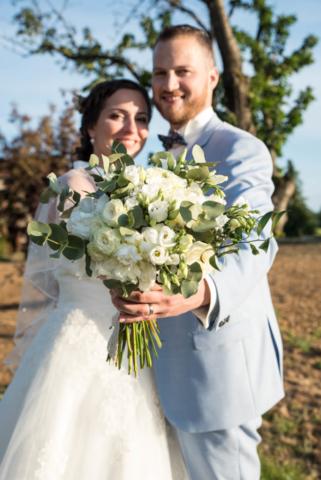 bouquet de mariee claire blanc fleuriste effleurs