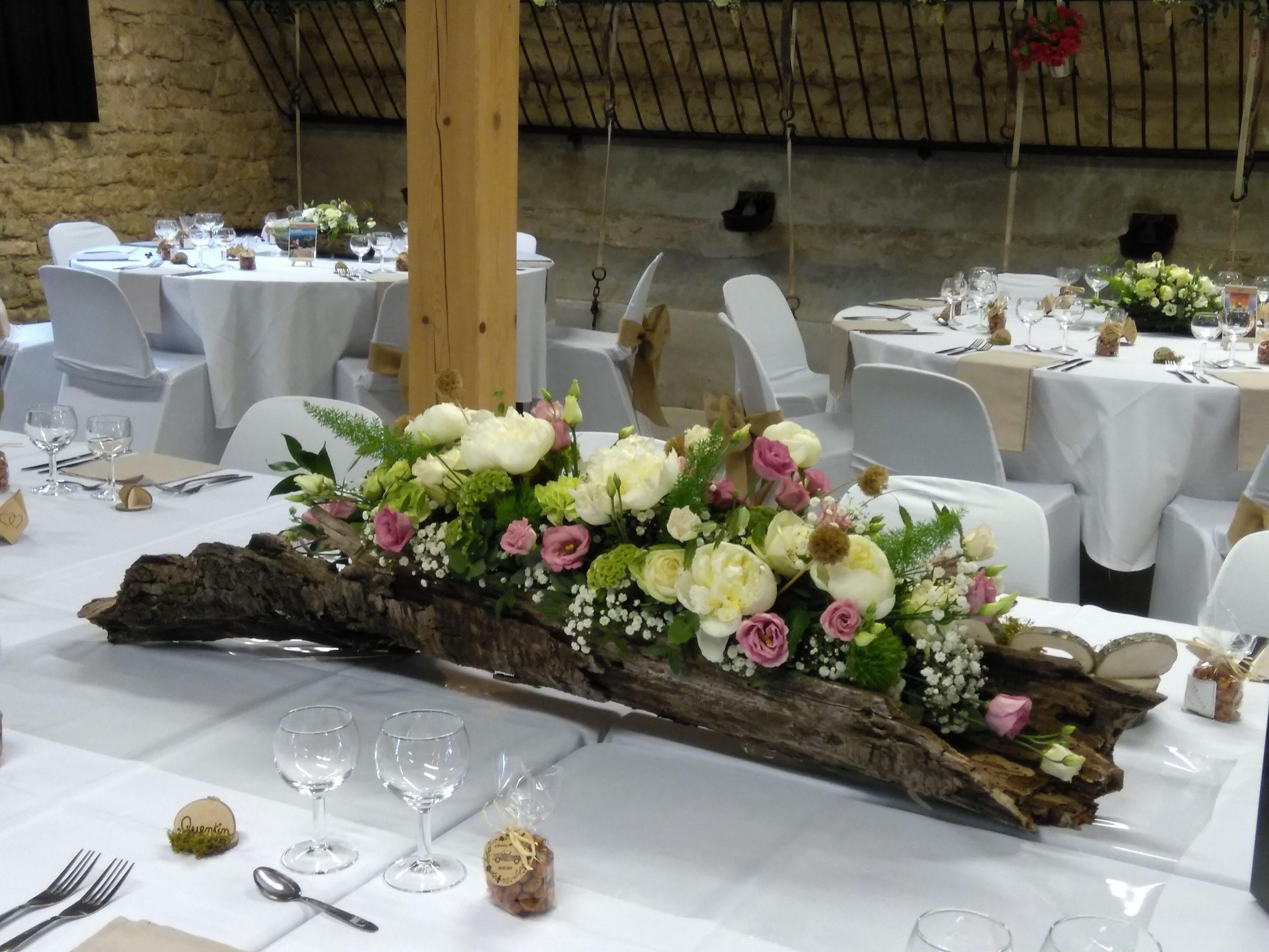 centre de table mariage arbre pivoine fleuriste effleurs