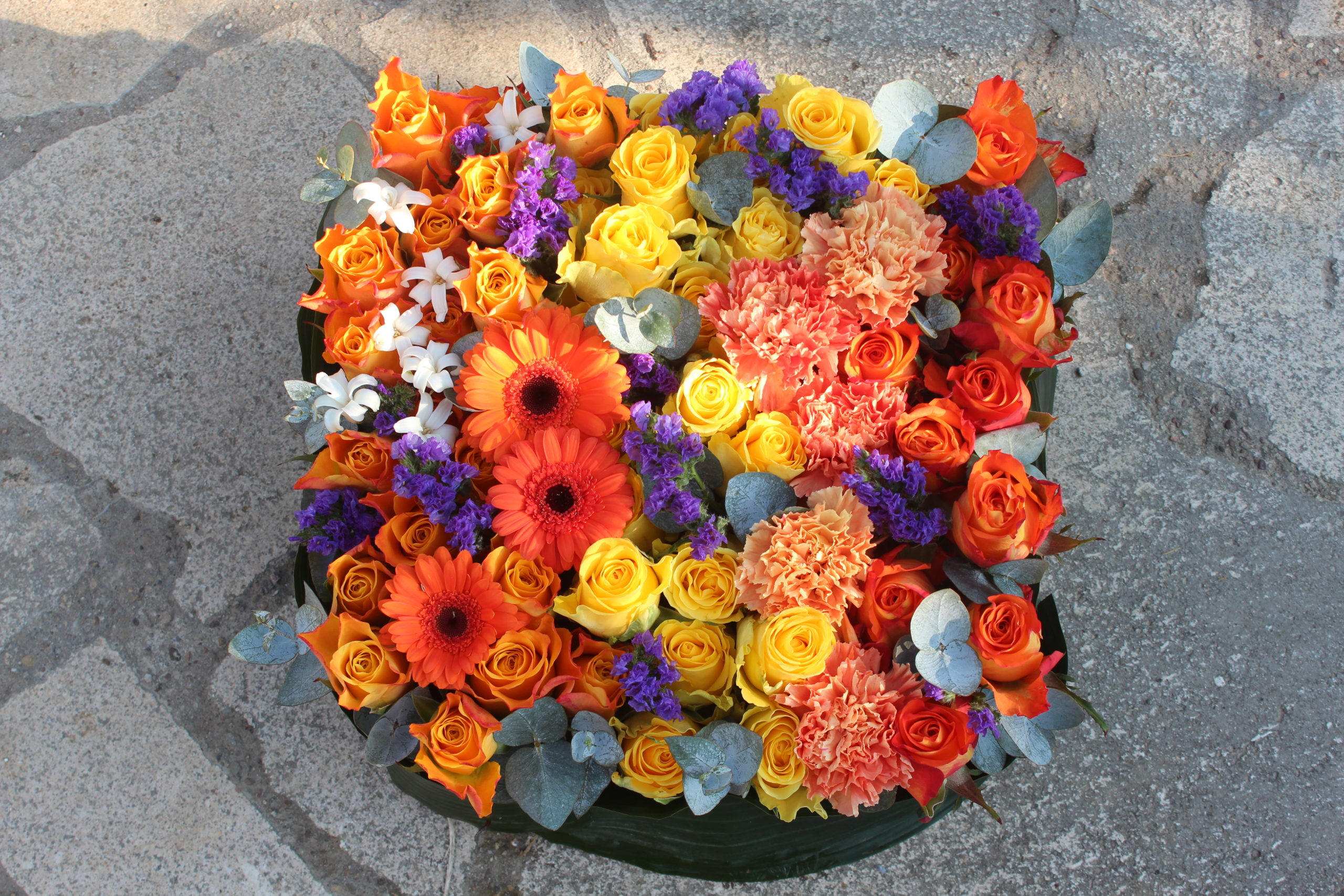 fleurs de deuil orangé fleuriste metz effleurs