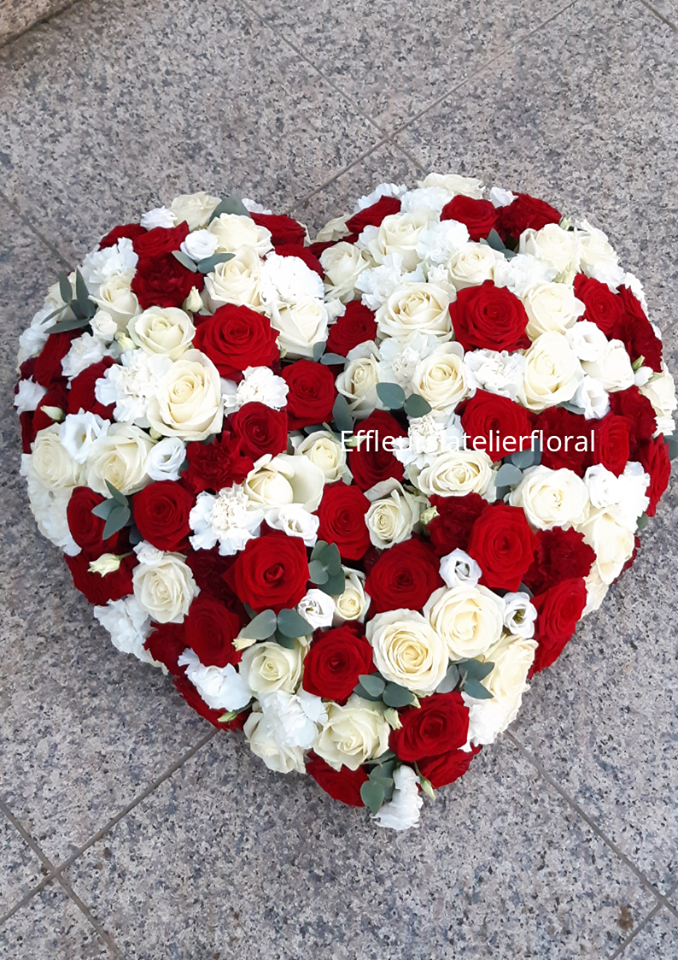 fleurs deuil coeur roses rouge et blanc fleuriste metz effleurs