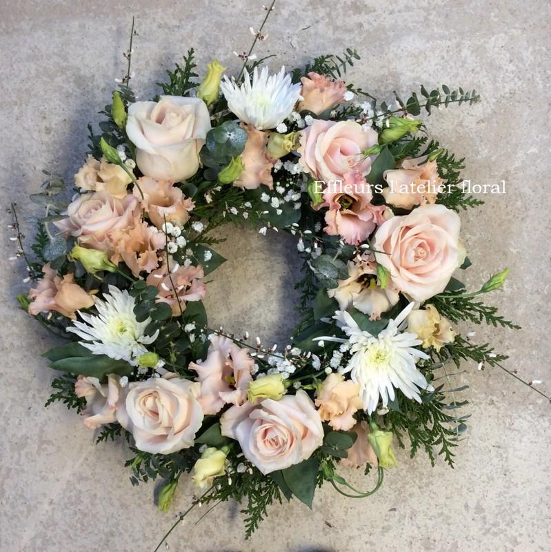 fleurs deuil couronne blanc et saumon fleuriste metz effleurs