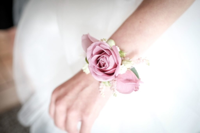 fleurs mariage bracelet fleuriste metz effleurs