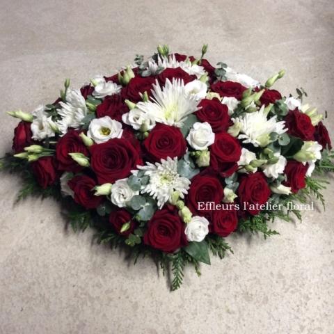 gerbe de fleurs rouge et blanc fleuriste woippy effleurs